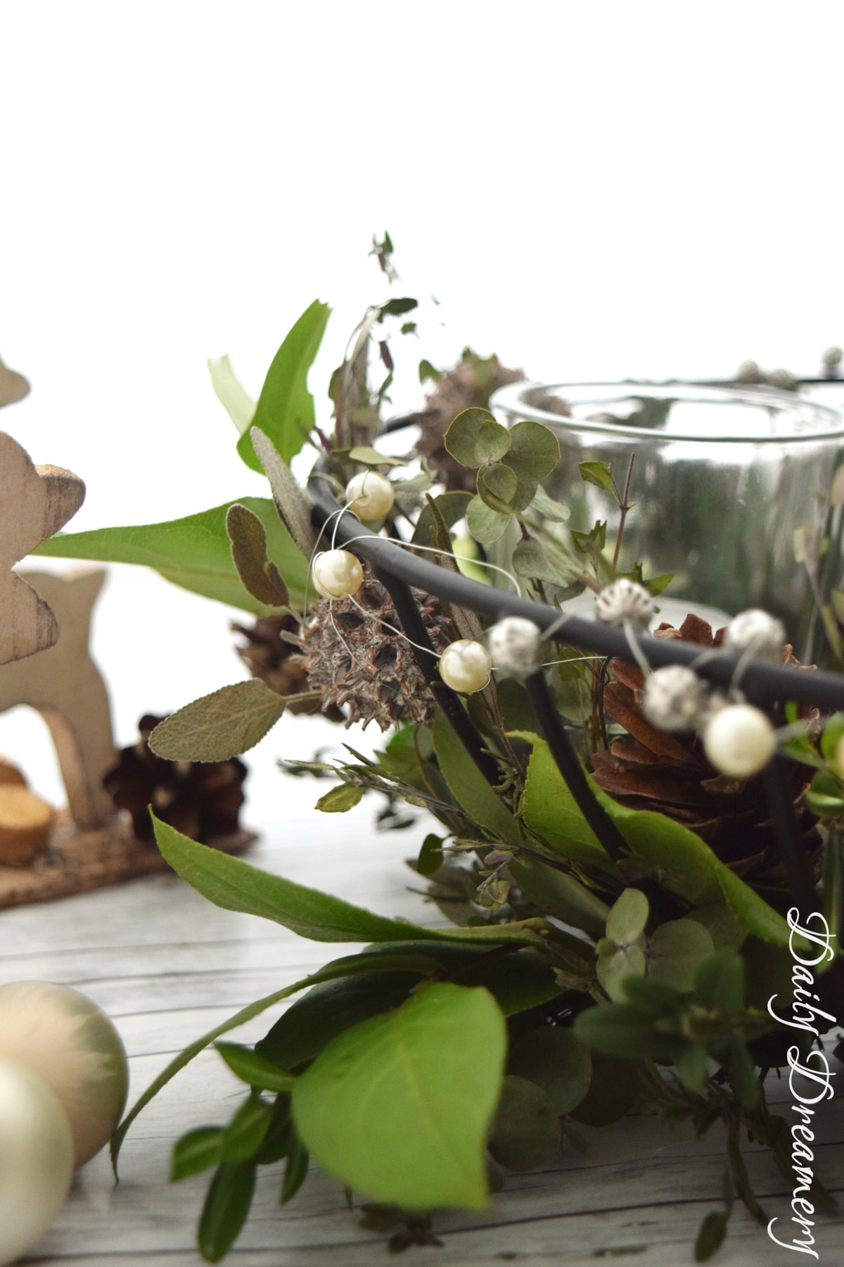 Adventskranz mit Kräutern