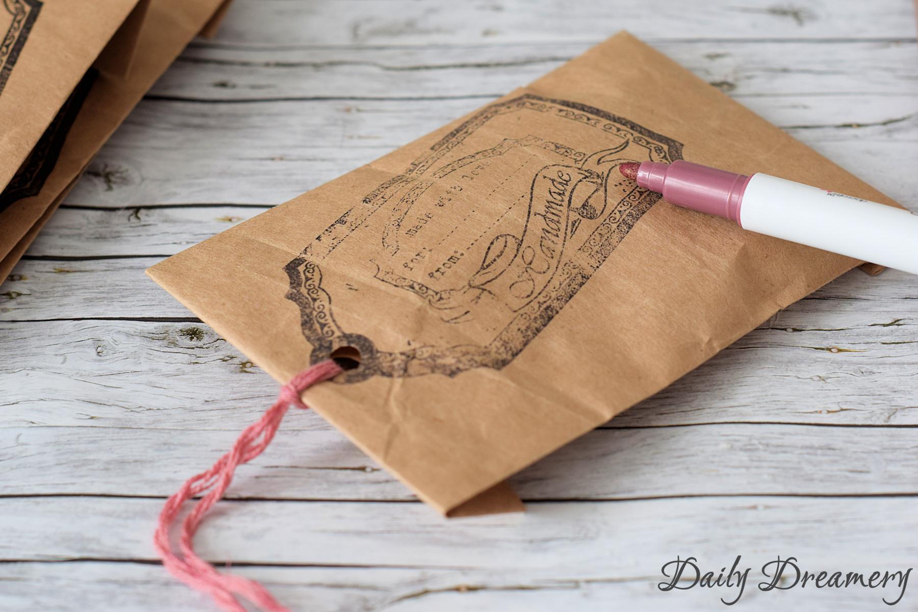 Geschenktüten für Schmuck und andere Kleinigkeiten aus Packpapier