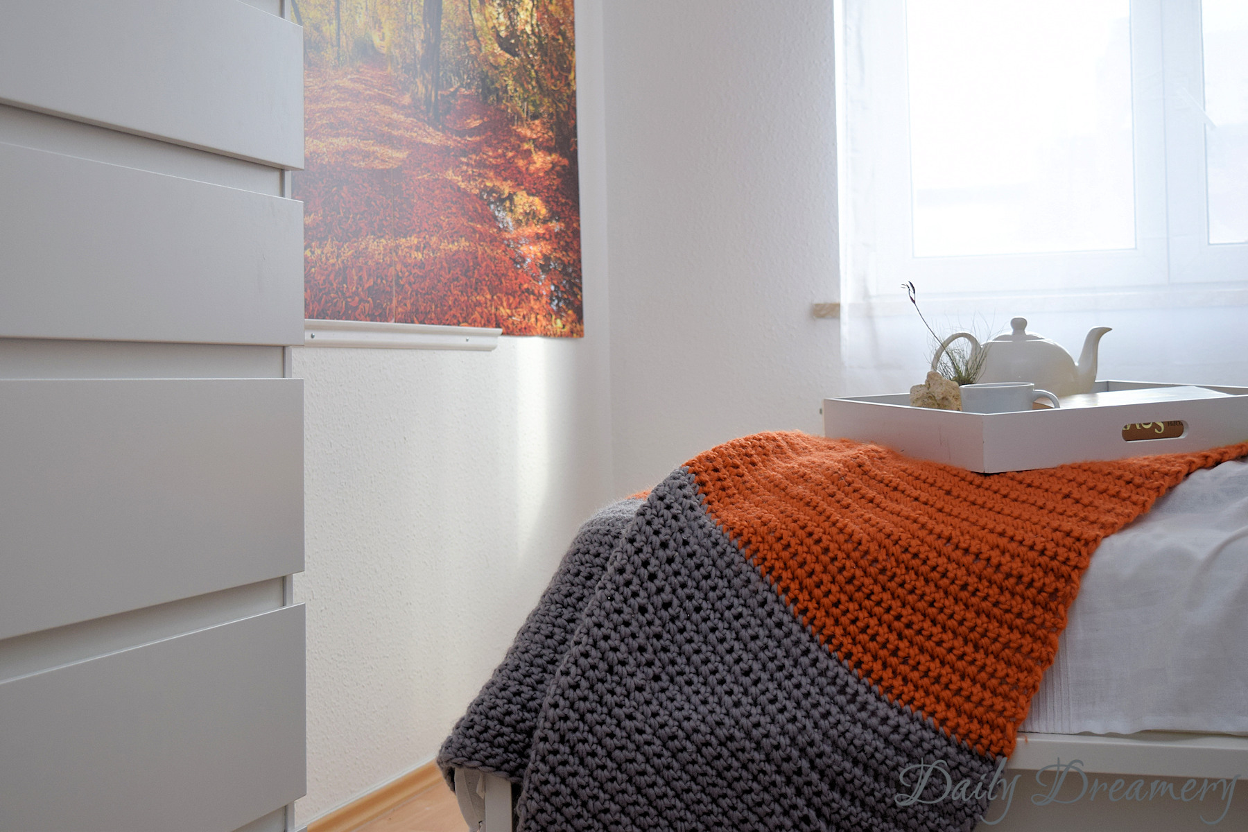 gemütliches Schlafzimmer mit Aussicht - Fototapete als Wandbild