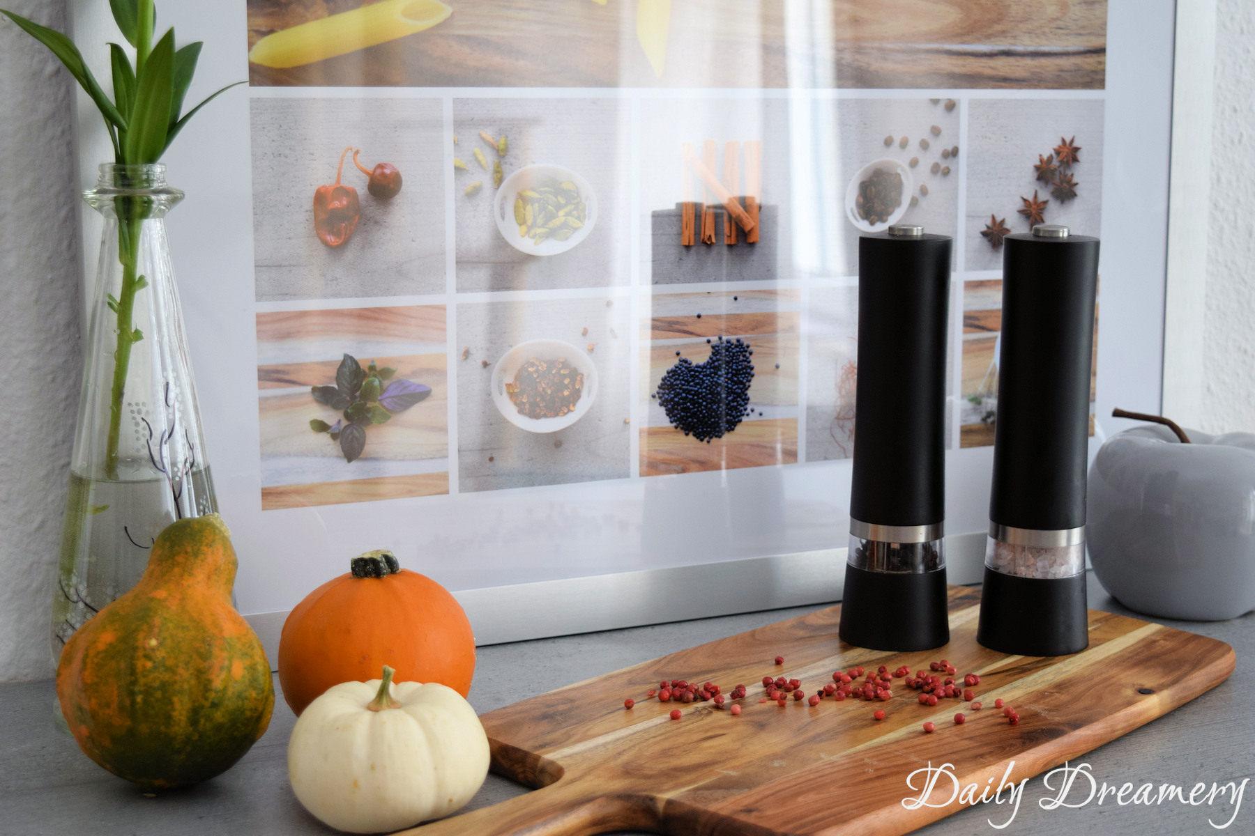 Fotocollage für die Küche - Gewürze und Kräuter perfekt in Szene setzen mit myphotocollage