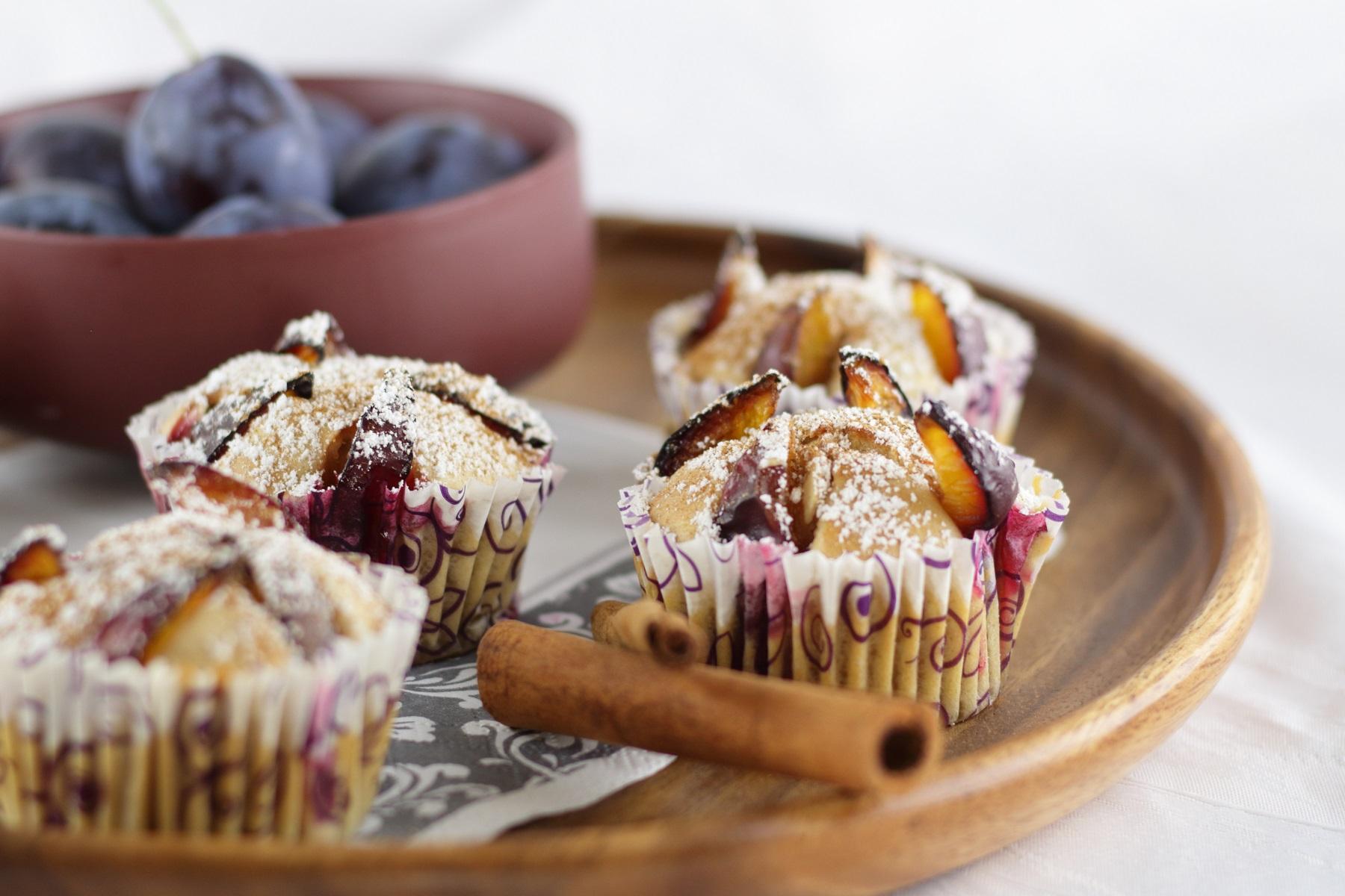 Zwetschgen-Muffins mit Zimt und Vanille - #zwetschgen #zwetschgenmuffins #muffins #pflaumen #pflaumenmuffins #plum