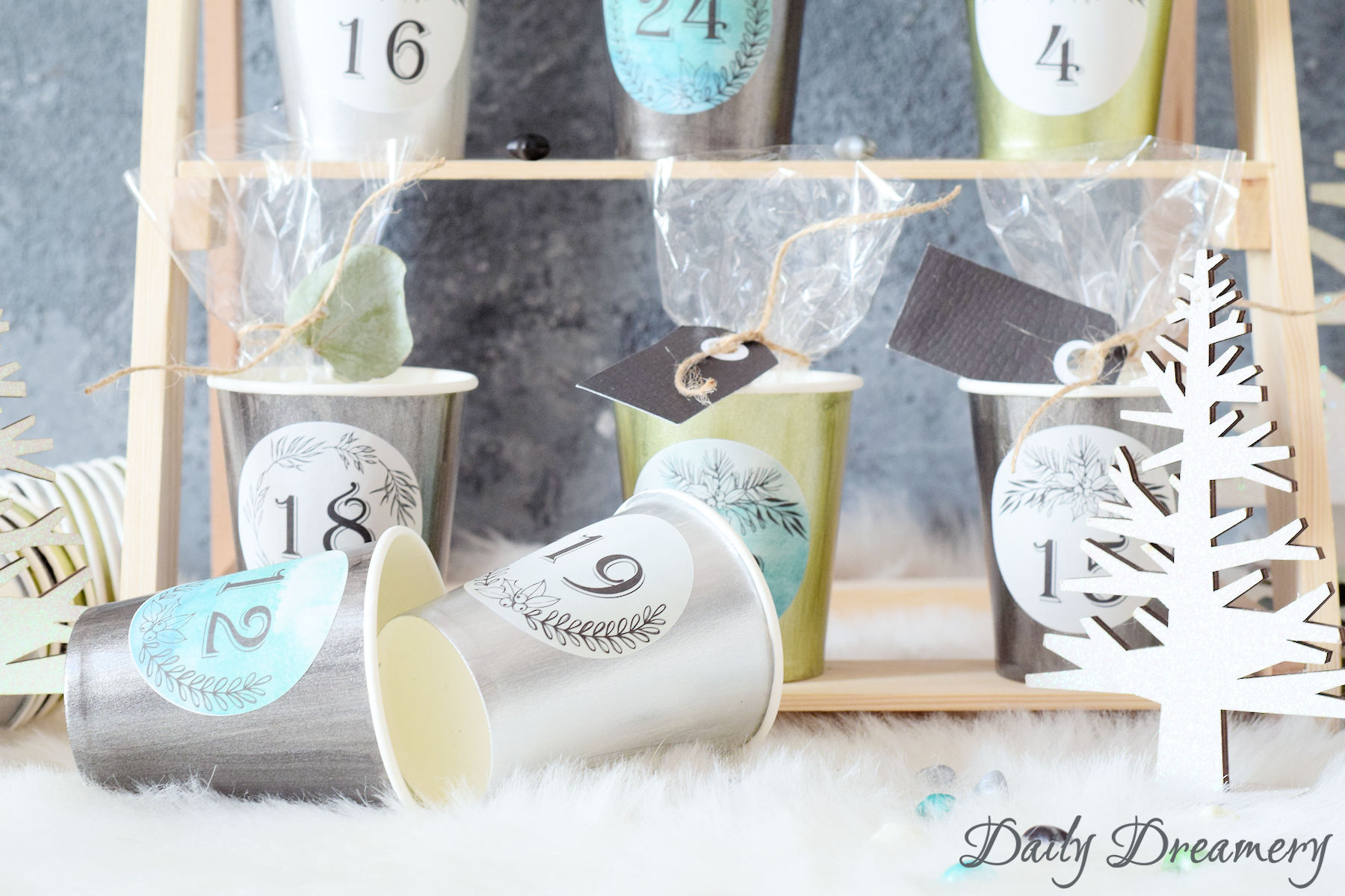 DIY-Adventskalender mit Stickern von Daily Dreamery #adventskalender #weihnachten #diy